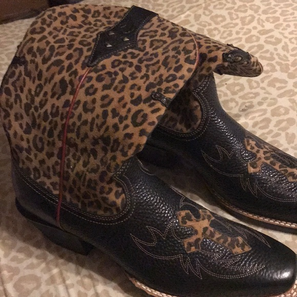 Ariat Shoes - Black and leopard Cowboy boots from Nashville